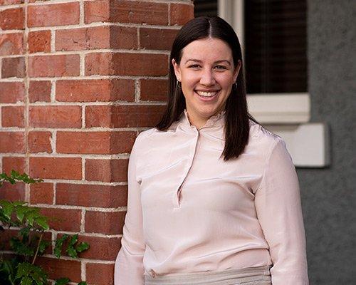 Dr. Leah van Draanen